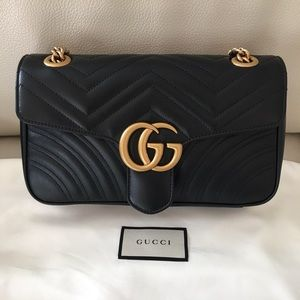 Gucci marmont medium black leather bag
